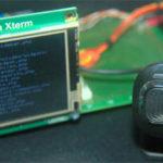 L'xterm di arietta g25 vicino alla webcam connessa alla porta USB.